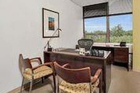 Carr Workplaces - Westchester - Window Office 435