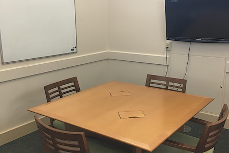 Central Park Library - Pine Study Room