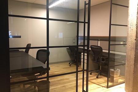 Camp David - 4 person office