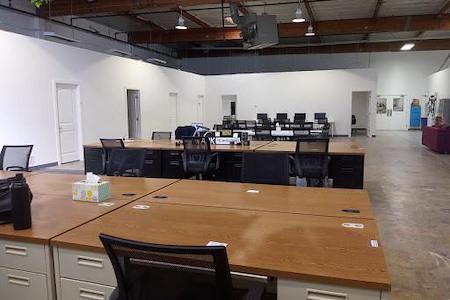 Hacker Lab Inc. - Private Desk