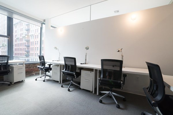 The Yard: Flatiron South - Monthly Windowed 10-Person Office Suite