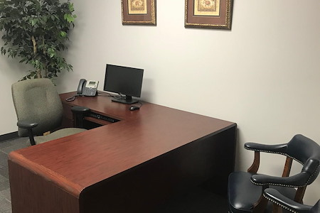 Triad Business Centers - Day Office 400