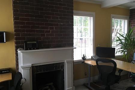 Creative Agency Downtown - Dedicated Desk 1