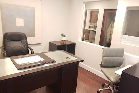 REMAX PACIFIC PROPERTIES - Office Suite 1