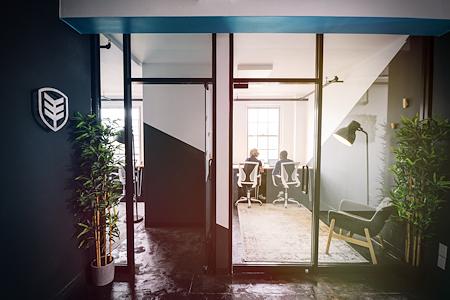 KOI Creative Offices - KOI Creative Offices