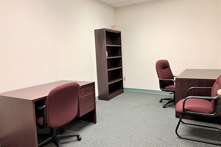 Source Office Suites Rockville - Day Office