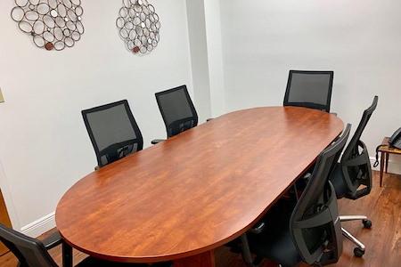 Crown Center Executive Suites (CCESuites) - San Francisco Meeting Room
