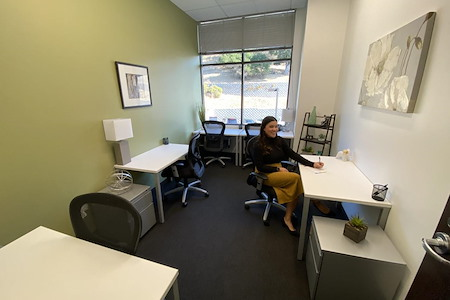 Regus | Woodside Novato - Office 307 (Co Working Reserved)