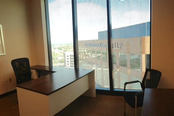 (WFB) Wells Fargo Tower - Exterior Office