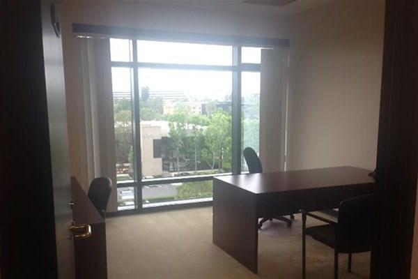 (ATR) The Atrium - Exterior Office