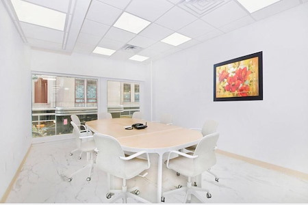Office Space in Manhattan - Conference Room For 8 PP