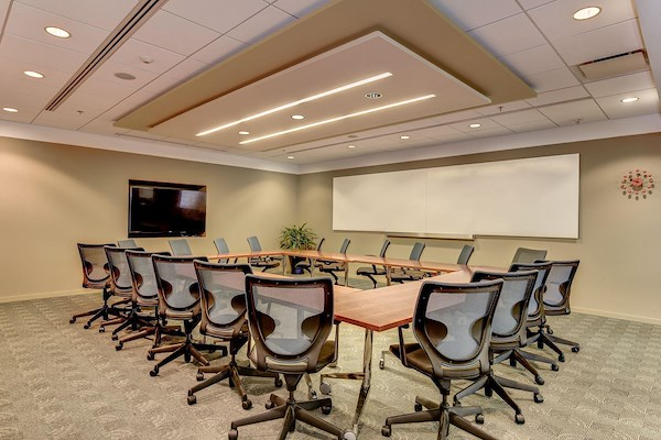 Carr Workplaces - Rosslyn - Arlington Training Room