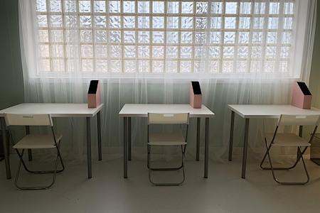 Evolv by Glo - Open Desk 2