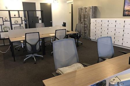 Regus- Downtown Glendale Center - Co-Working Desk