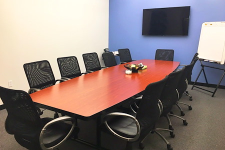 Century Suites - Woburn - Century Suites 12-Person Conference Room