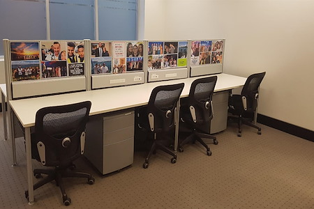 STM International - Double desk space