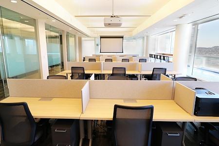 fabbit powered by Workbar - Full Time Open Desk