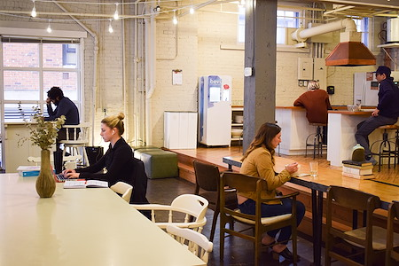 Makers Workspaces - Full Time Coworking