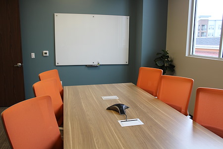 Office Evolution - Woodlands - Small Conference Room