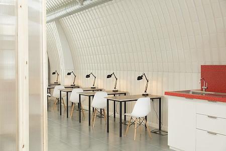 Hotel Elephant - Open Desk 1