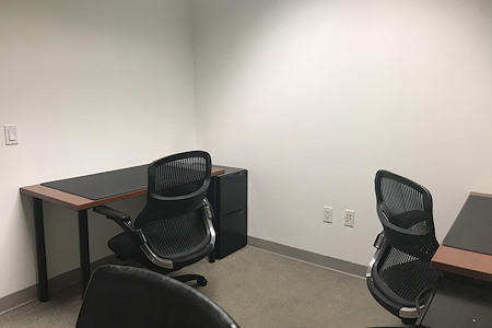 Carr Workplaces - City Center - Hot Desk for 1