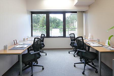 Regus | Sendai, Kakyoin - Private Office