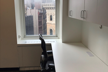 Coalition Space | Flatiron - Windowed Alcove - View of Flatiron Bldg!