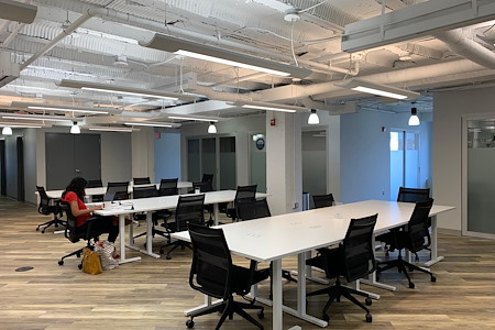 MakeOffices at Dupont - Open Desk