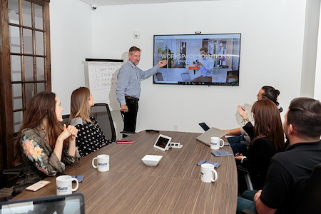 Cosuite - Large Conference Room