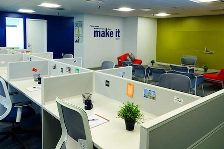 Lurn, Inc - Open Desk for 1 at Lurn, Inc Rockville