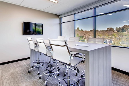 Avanti Workspace - Carlsbad - Shortboard Meeting Room