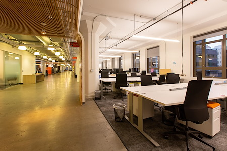 Runway Innovation Hub - 5 Dedicated Desks