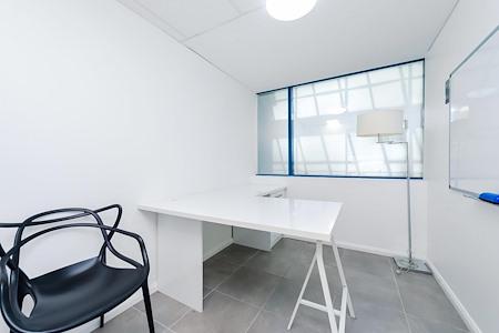 Jaspa King Recruitment - Office Suite 2