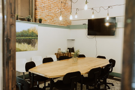 Cova Cowork and Bottoms Up Cafe - Main Conference Room