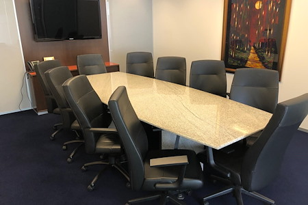 Servcorp - 555 California - Executive Boardroom