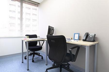 Regus | Tokyo, Ikebukuro Minami (Open Office) - Dedicated Desk