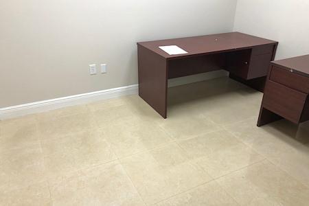 Weston Business Center - Mini-Suite 223
