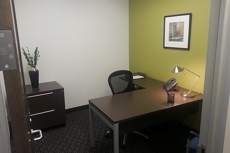 Regus- Landmark Square - Private 1 person office