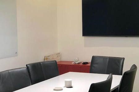 Bearden Tech Suites | CoWorking Knoxville - Small Meeting / Conference Room