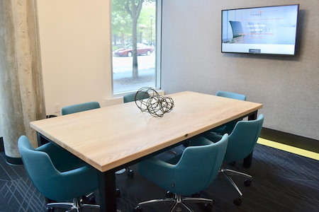 Meet at Ponce - Meeting Room for 6 - FREE PARKING