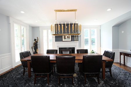 Maples Executive Office Suites - Executive Boardroom for 8