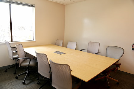 2 Waters Park - Small Meeting Room for 6-8 people