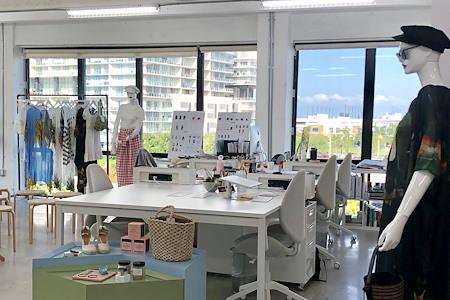 ANTIDOTE - Dedicated Desk 1