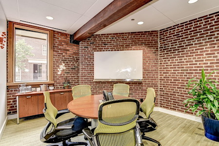 Carr Workplaces - Georgetown - Foundry Meeting Room