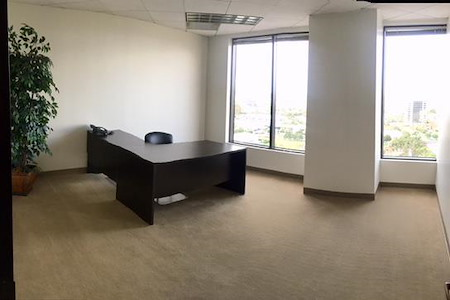 (MIC) 2600 Michelson Drive - Office 13: Window