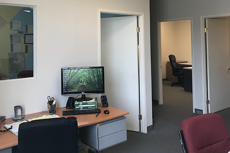 Westar Lending Group - Tarzana Private Office Space