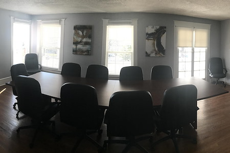 Morehead Apartments Clubhouse - Conference Room