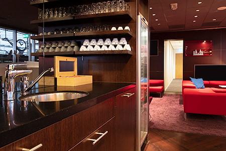 Regus | Rotterdam, Central NS International - Dedicated Desk