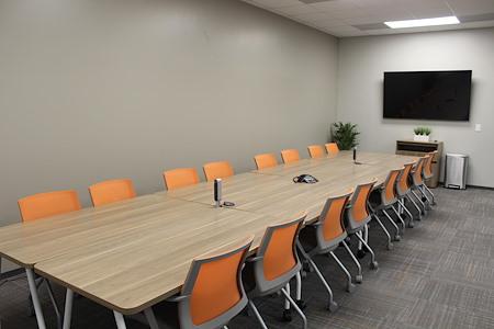 Office Evolution - Woodlands - Large Conference Room