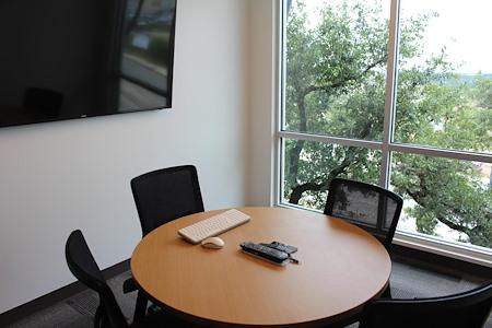 Venture X | San Antonio - Market Square Meeting Room